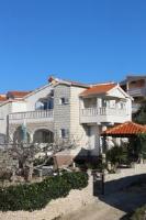 Apartment Split - Apartman s pogledom na vrt - Apartmani Soline
