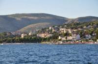 Apartments Put Garbine - Two-Bedroom Apartment - Apartments Okrug Gornji