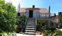 Apartments Tri Vlake - Apartment mit 1 Schlafzimmer und Balkon - Ferienwohnung Viganj