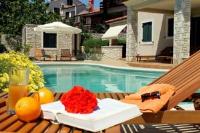 Apartment la Sirena 6 - Two-Bedroom Apartment - Apartments Premantura