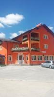 House Šapina - Apartment mit 1 Schlafzimmer und Balkon - Korenica