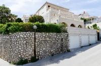 Guest House Steel - Chambre Double - Salle de Bains Extérieure - Velika Gorica