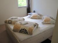 Hostel Dubrovnik Karla - Dvokrevetna soba s bračnim krevetom sa zajedničkom kupaonicom - Mokosica