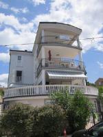 Apartments Antonia - Bungalov s popločanim dijelom dvorišta - Kuce Vabriga