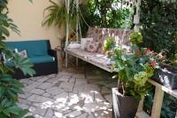 Apartments Helena - Appartement 1 Chambre avec Balcon et Vue sur le Jardin - Appartements Supetar