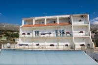 Apartments and Rooms Villa Javor - Dvokrevetna soba s bračnim krevetom i balkonom s pogledom na more - Sobe Podstrana
