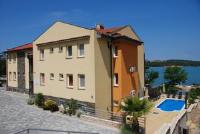 Soline Bay Seashore Residence - Executive Apartment mit Kingsize-Bett, Terrasse und Meerblick - Soline