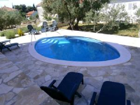Apartments Villa Melita - Three-Bedroom Apartment - Ground Floor - Okrug Gornji