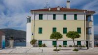 Apartments Villa Novak 1 - Apartment mit 2 Schlafzimmern, Balkon und Meerblick (3 Erwachsene) - Ferienwohnung Donji Okrug