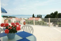 Luxury Accommodation Mirula - Two-Bedroom Apartment with Sea View - No Pool - Apartmani Sumartin