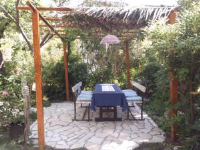 Guest House Marina - Dvokrevetna soba s bračnim krevetom i privatnom kupaonicom - Sobe Banjol