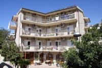 Hotel Makarska - Trokrevetna soba s balkonom - Potok