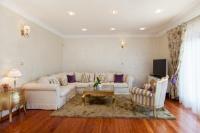 Villa Sea Breeze - Three-Bedroom Apartment - apartments split