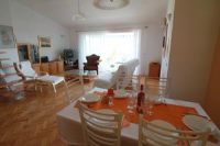 Apartment Gallery - Apartment mit Meerblick - Zimmer Kastel Gomilica