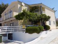 Apartments Neda - Apartman s balkonom - Primosten