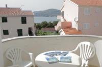 Apartments Tamaris - Apartment - Okrug Gornji