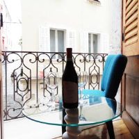Guest House City Centre - Apartment with Balcony - Apartments Pula