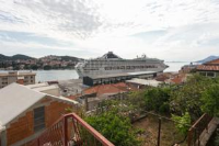 Port View Apartments - One-Bedroom Apartment with Patio and Sea View - dubrovnik apartment old city