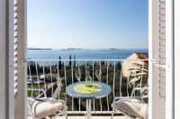 Rooms Relax - Dvokrevetna soba s bračnim krevetom s pogledom na more - Sobe Mlini