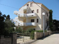Apartments Dolphins - Three-Bedroom Apartment - Apartments Novalja
