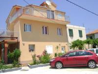 Apartments D&A - Studio mit Terrasse - apartments trogir