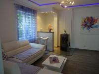 Apartments Mara - Appartement avec Vue sur le Jardin - Appartements Mali Losinj