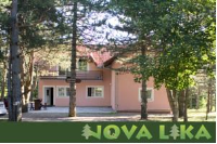 Apartments Nova Lika - Dvokrevetna soba s bračnim krevetom - Sobe Nova Vas