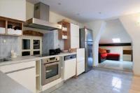 Apartment Dioklecijan - Three-Bedroom Apartment - apartments split