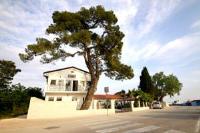 Youth Hostel Zadar - Chambre Lits Jumeaux avec Salle de Bains Commune - zadar chambres