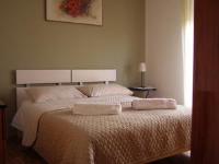 Apartments Krpan - Apartment mit 1 Schlafzimmer - Erdgeschoss - Ferienwohnung Novi Vinodolski