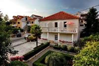 Guest House Mićin - Trokrevetna soba s balkonom - Sobe Vodice
