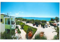 Apartments Malic - Two-Bedroom Apartment with Balcony and Sea View - Apartments Petrcane