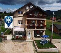 Guest House Mijić - Apartment mit 2 Schlafzimmern und Terrasse - Korenica