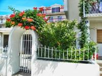 Apartments Valeria 715 - Three-Bedroom Apartment - Podstrana