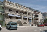 Apartments Pero 726 - Apartment with Balcony - apartments makarska near sea