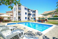 Adorami Apartments - Apartment with Pool View - apartments in croatia