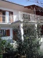 Apartments Darinka - Three-Bedroom Apartment with Terrace and Sea View - Apartments Novi Vinodolski