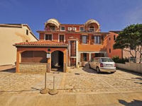 Apartments Manda 647 - Apartment with Balcony - Fazana