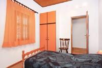 Apartment Supetar 5648a - Two-Bedroom Apartment - Supetar