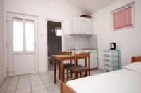 Studio Podaca 6676a - Studio - Apartments Podaca