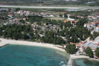 Hotel Resnik - Two-Bedroom Bungalow - island brac house with pool