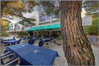 Hotel Medena - Low Cost - Trokrevetna soba Economy s balkonom i pogledom na vrt - Sobe Seget Donji