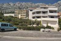 Apartments Angela 722 - Apartment with Mountain View - apartments makarska near sea