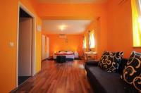 Rooms Modrušan - Dvokrevetna soba s bračnim krevetom i pogledom na vrt - Slunj