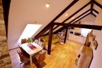 Petrova Attic - Two-Bedroom Apartment - apartments split