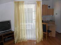 Vila Mateja - Apartment mit Terrasse - Ferienwohnung Mastrinka