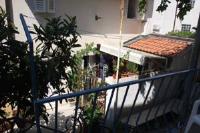 Apartment Andrijašević - Apartment with Balcony - apartments makarska near sea