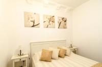 Guest House Zen Room - Dvokrevetna soba s bračnim krevetom - Sobe Stari Grad