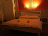 Apinelo Hostel & Apartments - Twin Room with Shared Bathroom - Rooms Split
