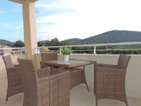 Apartment Luka - Two-Bedroom Apartment with Balcony - Vela Luka